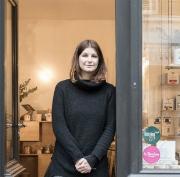 Fondatrice de We Are Paris, un concept store dédié au circuit court et à l'artisanat made in Paris, Céline Mangiardi nous parle de sa démarche et de son engagement pour une consommation responsable.
