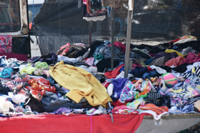 L'industrie textile produit chaque année plusieurs millions de tonnes de déchets. Constat sur le monde de la mode à l'heure du zero waste.